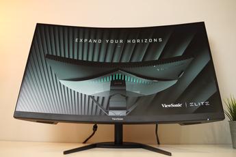 Trên tay màn hình gaming VX3268-2KPC-MHD: Cong, to, chơi game siêu đã