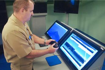 Mỗi chiếc cần điều kiển của tàu ngầm hải quân Mỹ trị giá đến 38.000 USD, vì vậy họ đã chuyển sang dùng tay cầm Xbox trị giá 30 USD