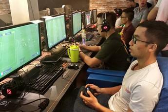 Cận cảnh giải đấu FIFA ONLINE 4 đầu tiên tại Việt Nam