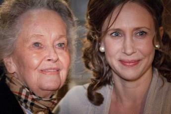 """""""Bà đồng"""" Lorraine Warren- nguyên mẫu của của loạt phim kinh dị The Conjuring đã qua đời ở tuổi 92"""