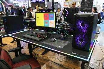 Đây chính là gian hàng tập trung nhiều máy tính độ đẹp nhất Computex